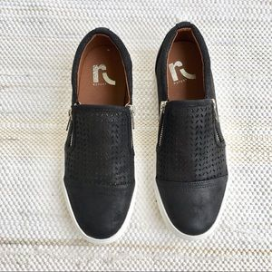 NWOT black report slip on shoes with zippers